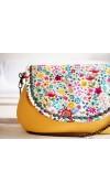 Rozkvitnutá lúka - kabelka s pastelovožltou koženkou I