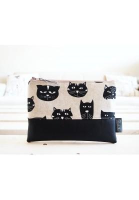 Kozmetická taška veľká - mačky s čiernou