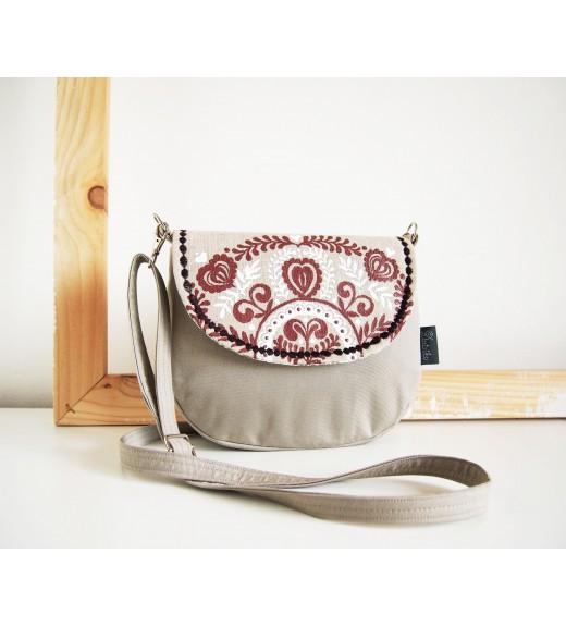 Ľanová kabelka s hnedobielym folk vzorom