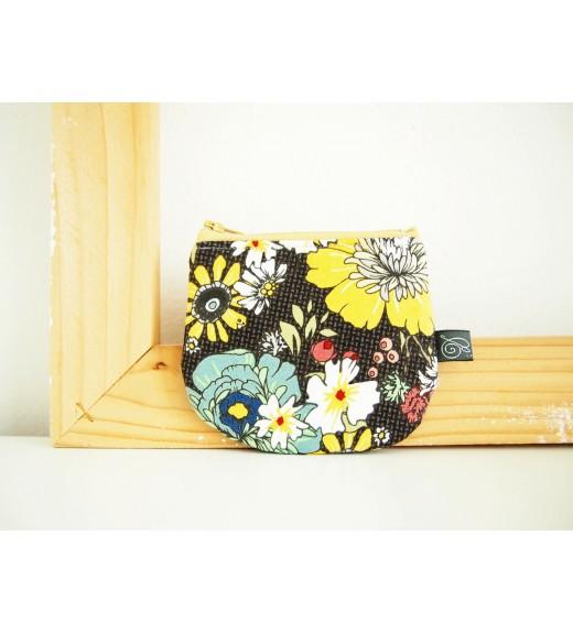 Peňaženka - veľké kvety-na-tmavosivej