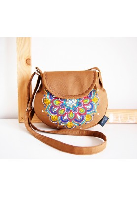 Maľovaná okrová kabelka s farebnou mandalou