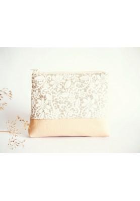 Kozmetická taška veľká režná - biela krajka